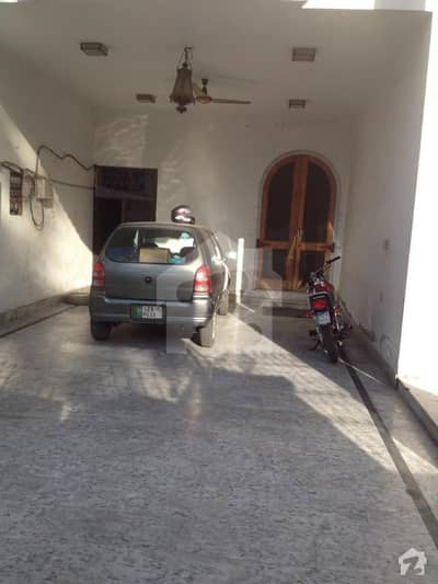 1 KANAL HOUSE AVAILABLE FOR RENT IN MODEL TOWN