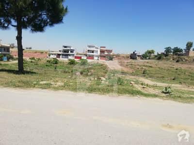 E18 Islamabad 200 Sq Yd Residential Plot