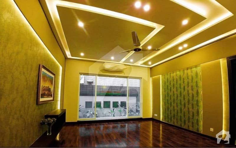 Hot Location 1 Kanal Brand New Lower Portion For Rent In Phase 6