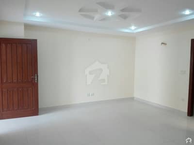 Non Furnished Flat Is Available For Rent