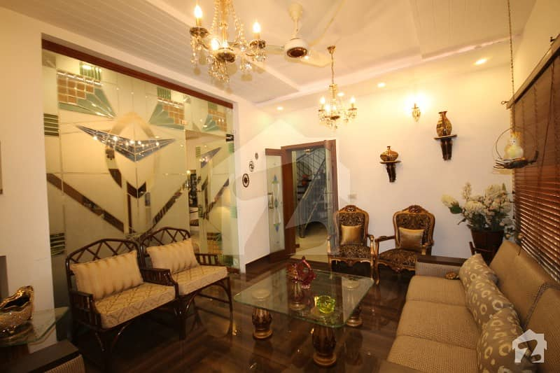 100 Percent Original Photos 10 Marla Owner Build Luxury Bungalow For Sale
