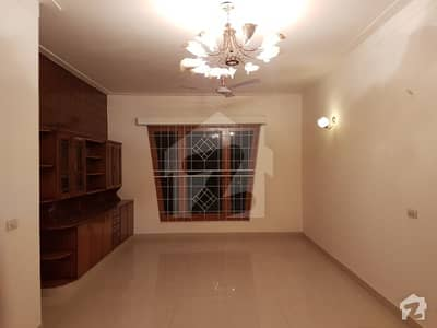 13 Marla Like New House For Sale Hot Location Johar Town