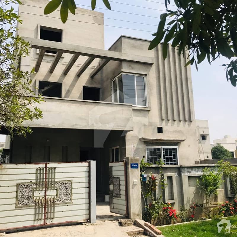 Semi Furnished House For Sale In Wapda City, Faisalabad