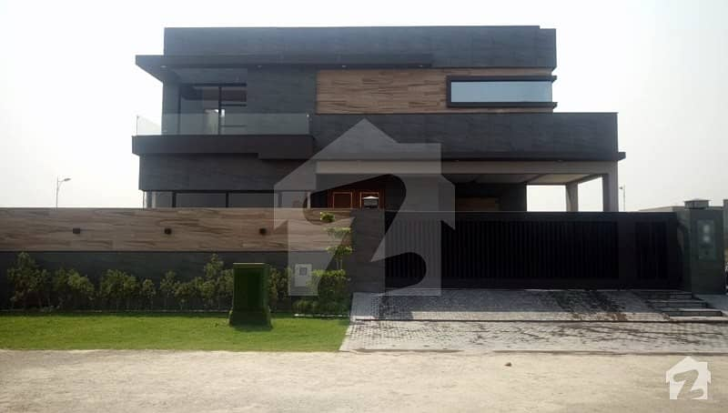 1 Kanal Bungalow For Sale In S Block Of Dha Phase 7