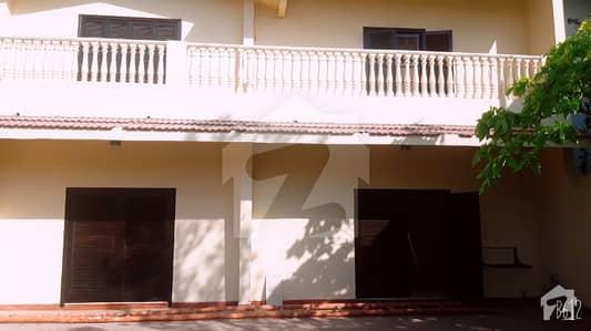 Owner Built Modern Corner House 550 Yards For Rent Ideal For Garden Lovers