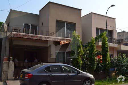 8 Marla Beautiful House available for Sale at Divine Garden Lahore
