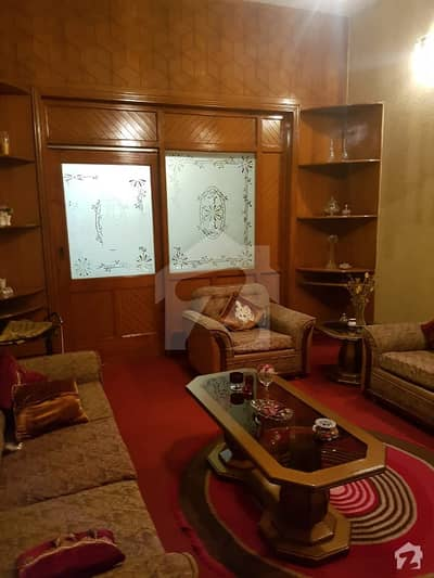 7 and half marla triple story house for sale