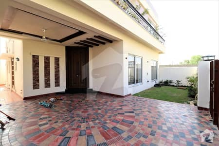 4 Bed Corner Facing Park 10 Marla House For Rent In Dha  Lahore