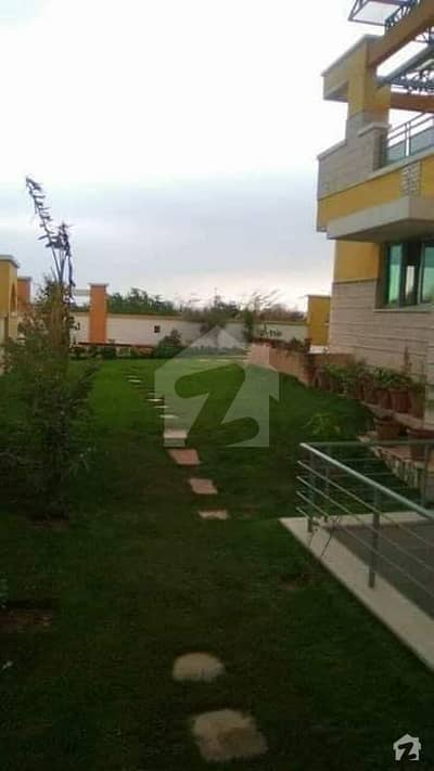 4 Kanal Luxury Bungalow For Sale