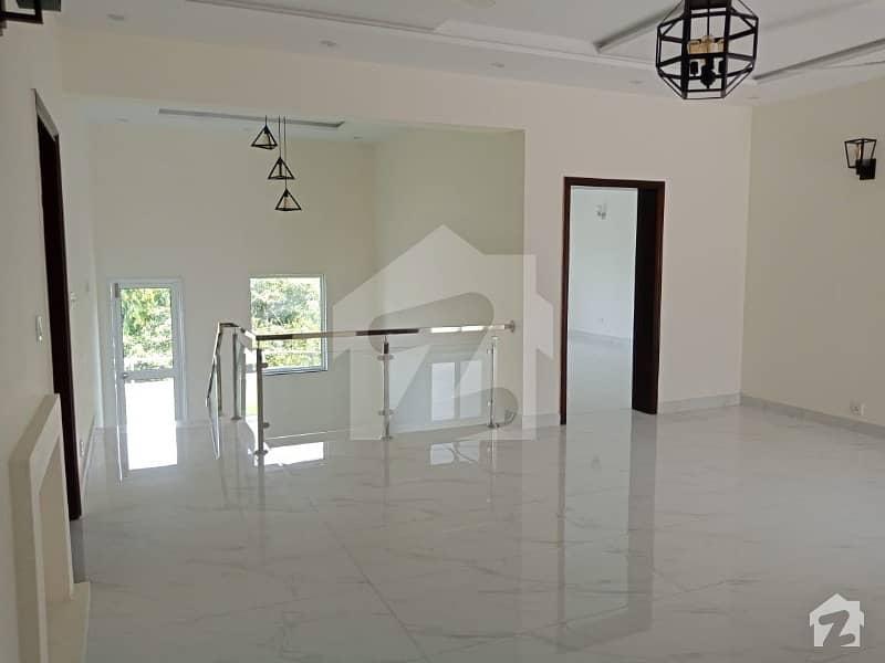 ڈی ایچ اے فیز 1 ڈیفنس (ڈی ایچ اے) لاہور میں 5 کمروں کا 1 کنال مکان 1.5 لاکھ میں کرایہ پر دستیاب ہے۔
