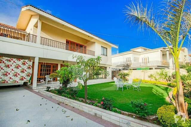 Luxury Big House In Low Budget For Sale