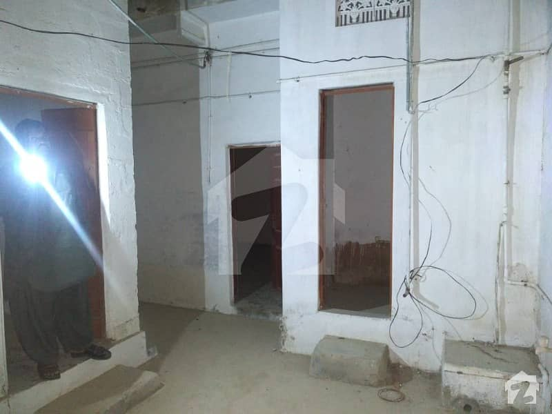 120 Sq Yd Corner House For Sale