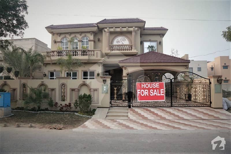 Leads Offer Ever Green  Spanish Design Bungalow In Dha Lahore