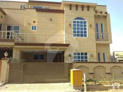 Ideal Location 7 Marla Double Unit House In Abubakar Block