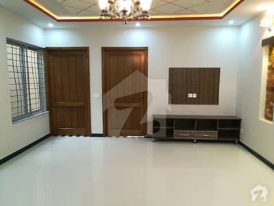 08 Marla Brand New Lower Portion Is For Rent In Valencia Town Lahore P Block