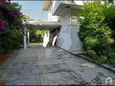 E7 1200 Yards Bungalow 4 Bedrooms DD Price 20 Crores