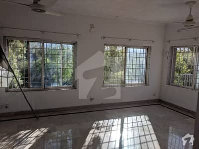 10 Marla Corner House With One Kanal Extra Land For Sale