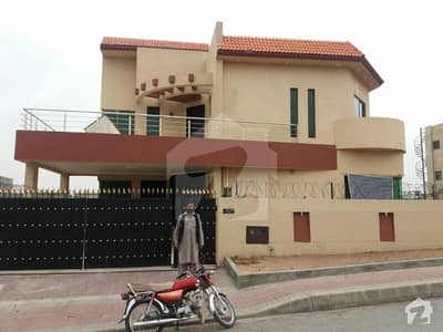 9 Bed 3 Story House For Rent In Bahria Town Phase 3
