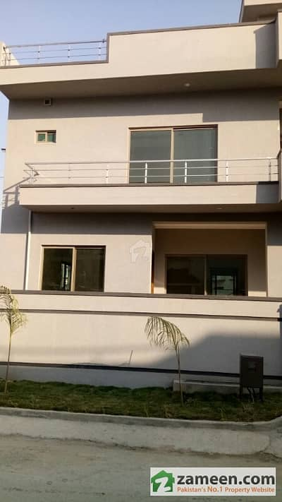 E-11 - Corner 182. 78 Sq. Yard Beautiful Triple Storey Brand New House For Sale With 7 Bedrooms