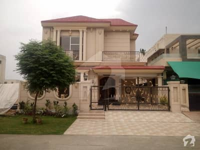 10 Marla Spanish House For Sale In D Block Of Dha Phase 6