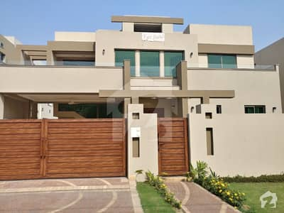 A Brand New One Kanal House In State Life Society For Sale