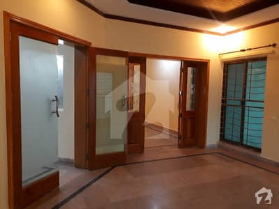 DHA 1 Kanal Beautiful Lower Portion With Separate Gate For Rent In Phase 3