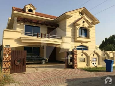 Ground Portion 3 Bed For Furnished  Long And Short Time For Rent