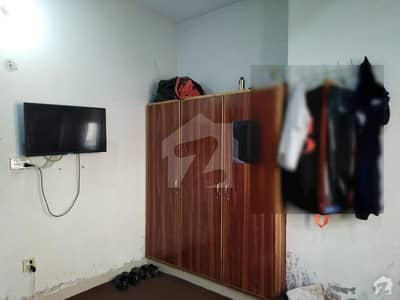 Room Is Up For Rent In Canal Park Gulberg