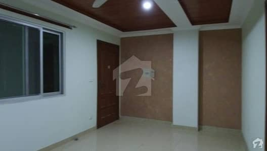 750 Square Feet Flat For Sale