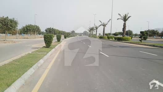 No Transfer Fee New Deal In Bahria Town EE  Block 1 Kanal Plot For Sale