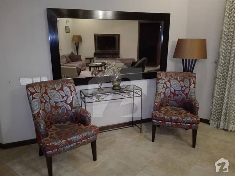 30 Marla  Outclass Fully Furnished Portion