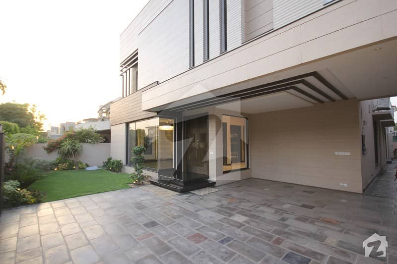Brand New Modern Design 1 Kanal Magnificent Bungalow For Rent Phase 4