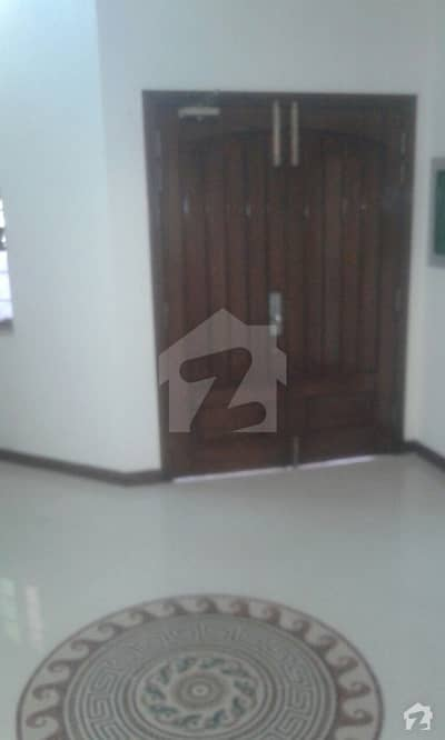 10 Marla Full House Is Available For Rent Located In Phase 4 Dha Defence