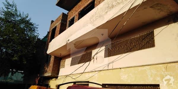 شاہ جہانگیر روڈ گجرات میں 3 کمروں کا 6 مرلہ مکان 50 لاکھ میں برائے فروخت۔