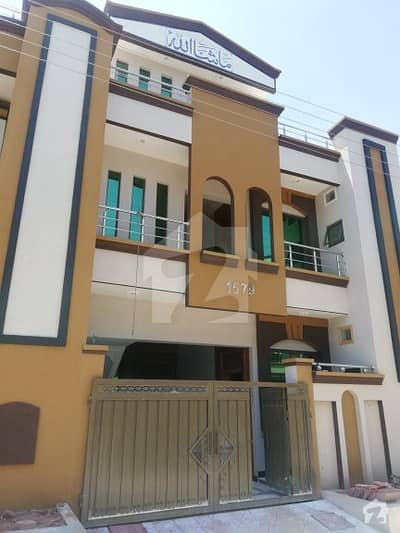 Newly Constructed 5 Marla Double Story House For sale