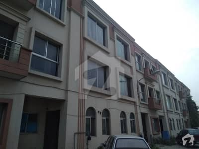 5 Marla Flat for Sale in Imperial homes Paragon City at 2nd Floor with Gas connection at Reasonable price