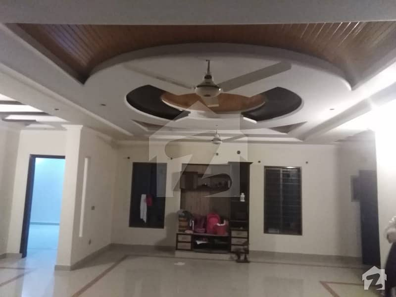 5 Marla Lower Portion Available For Rent In Valencia Town Lahore