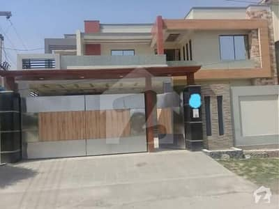1_kanal_Luxury_Corner_House_For_Sale_Model_Town_Multan