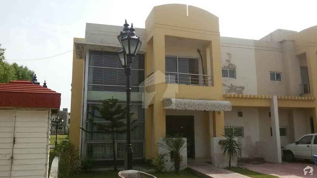 بحریہ ٹاؤن فیز 8 - سفاری ہومز بحریہ ٹاؤن فیز 8 بحریہ ٹاؤن راولپنڈی راولپنڈی میں 3 کمروں کا 5 مرلہ مکان 87 لاکھ میں برائے فروخت۔