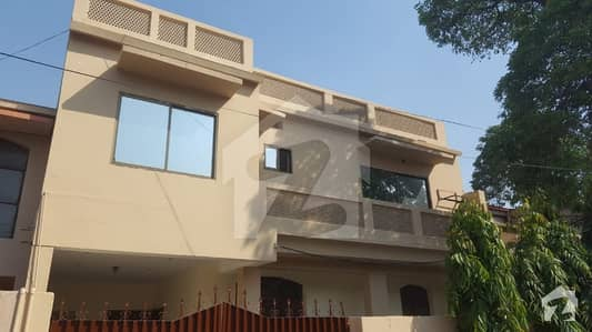 Syed Brothers Offer 10 Marla Well Maintained House For Rent In Eden Cottage