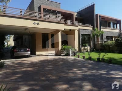 F-8 New House For Rent 9 Bed Room Best For Chinese People Chinese Companies