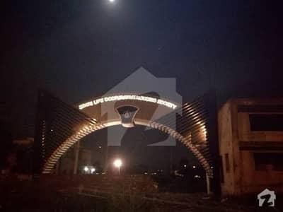 اسٹیٹ لائف فیز 2 - بلاک ڈبل ای سٹیٹ لائف ہاؤسنگ فیز 2 اسٹیٹ لائف ہاؤسنگ سوسائٹی لاہور میں 7 مرلہ رہائشی پلاٹ 18.25 لاکھ میں برائے فروخت۔