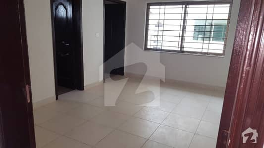 Top Location Lahore Cantt 10 Marla Beautiful House Is Available For Sale