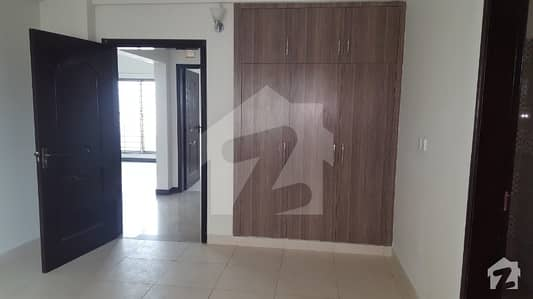 Top Location Lahore Cantt 38 Marla Beautiful House Is Available For Sale