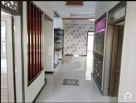 Brand New 400 Square Yards Bungalow Very Near To The Main Johar Road Gulistanejauhar