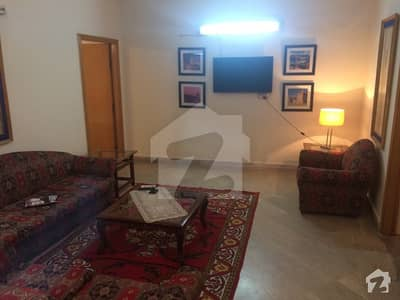 1 Furnished Room Available for Male Students or Job Holders