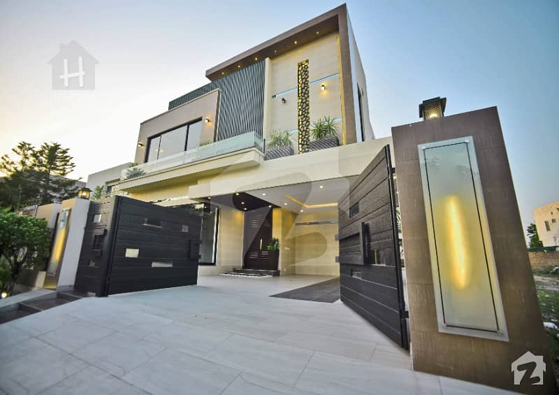 Master Class Brand New Designer Bungalow For Sale