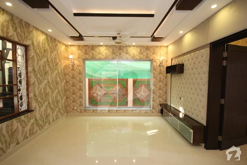 Kanal Brand New Upper Portion For Rent In Dha Lahore Phase 6