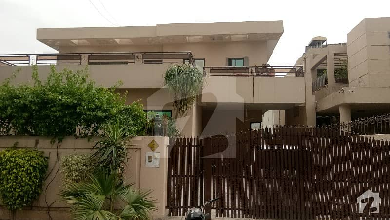 1 Kanal Lower  Portion With Basement For Rent DHA Phase 4