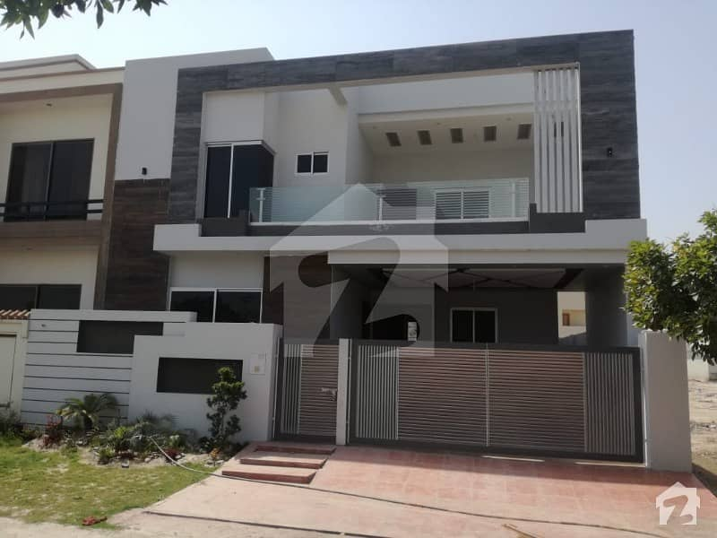 10 Marla New House For Sale At Reasonable Rates